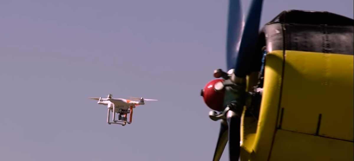 Um drone pode derrubar um avião? Veja colisão de drone em aeromodelo