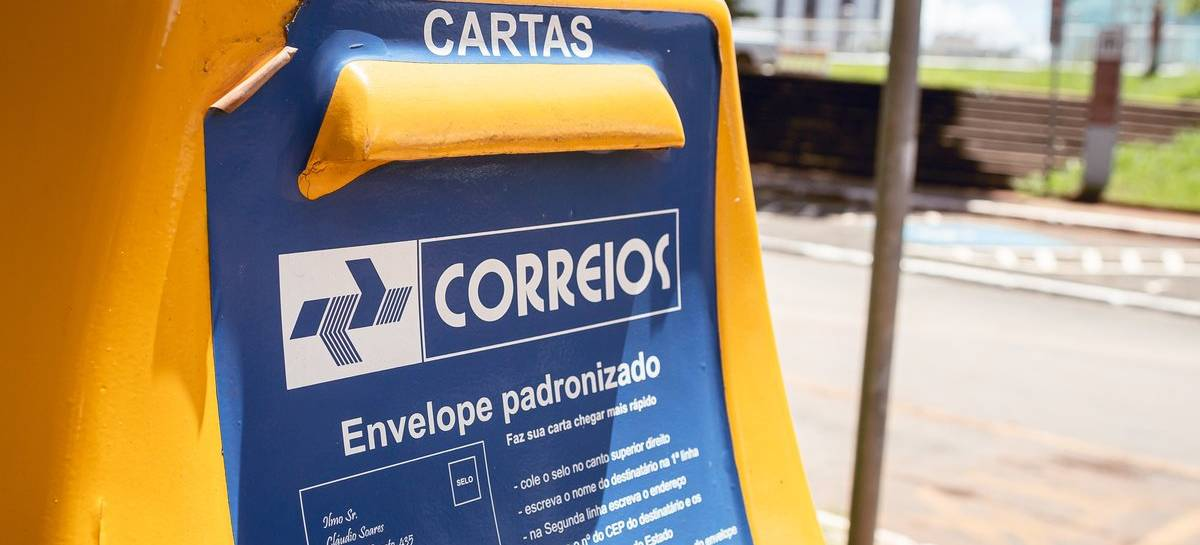 Câmara aprova privatização dos Correios; projeto segue para o Senado
