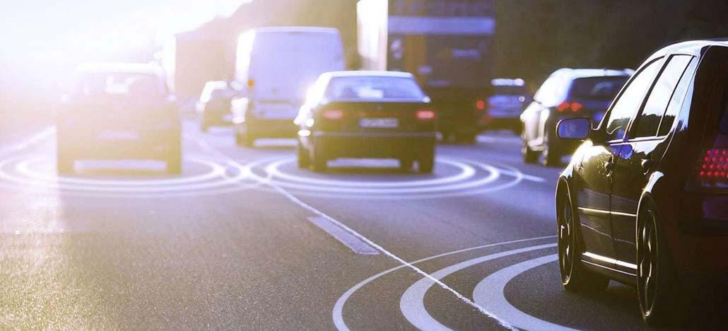 Tecnologia C-V2X deve chegar em 2022 para deixar carros autônomos mais seguros
