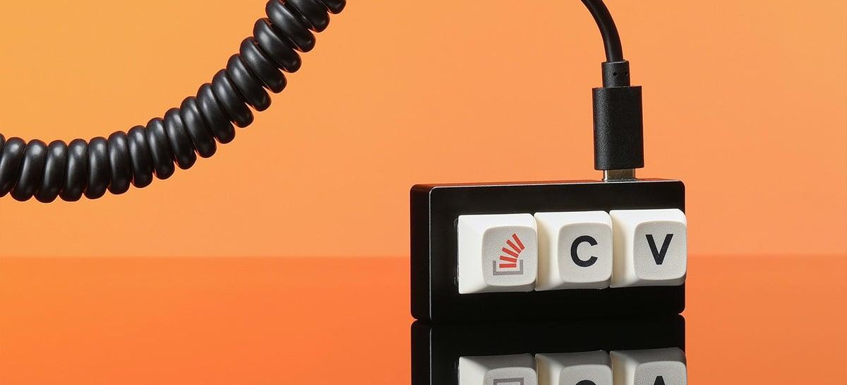 Este teclado inusitado tem duas funções: copiar e colar