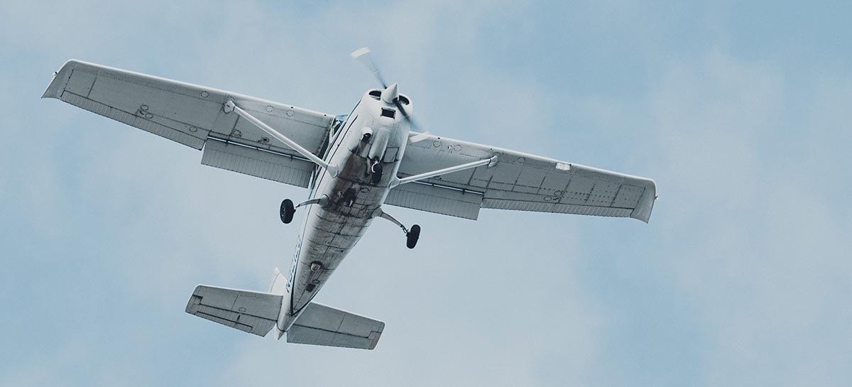 Drone da polícia Canadense é destruído em colisão com avião