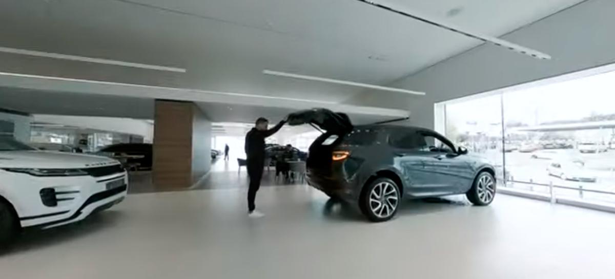 Drone FPV captura imagens incríveis em um showroom da Jaguar