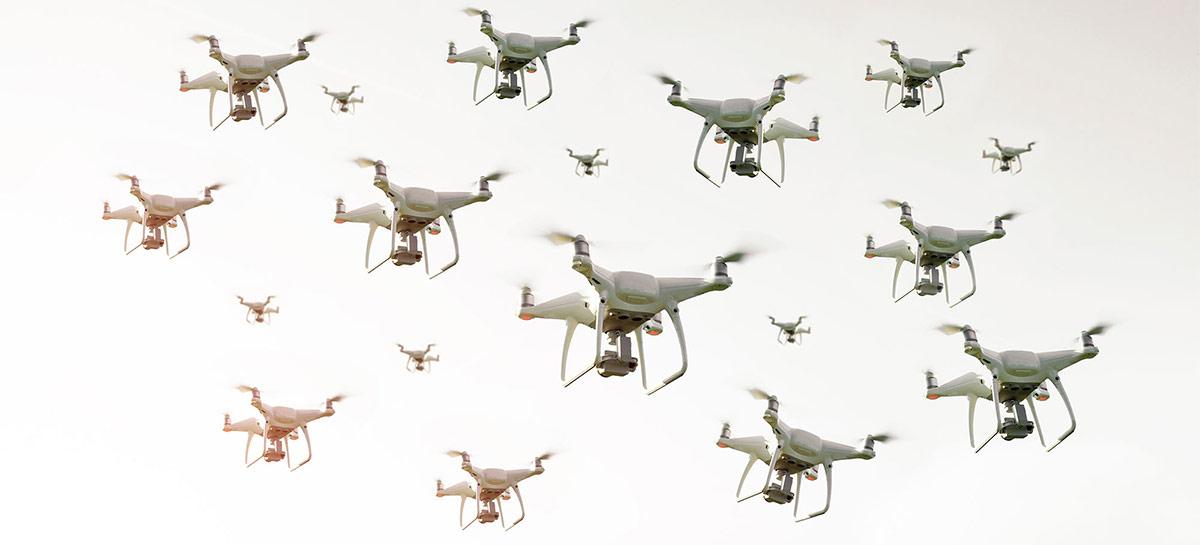 Empresa consegue autorização da ANAC para operar vários drones com um único piloto