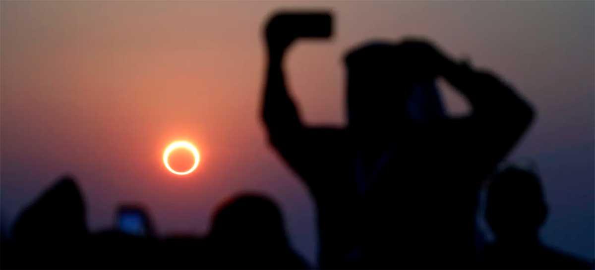 Veja imagens e vídeos incríveis do eclipse solar com anel de fogo