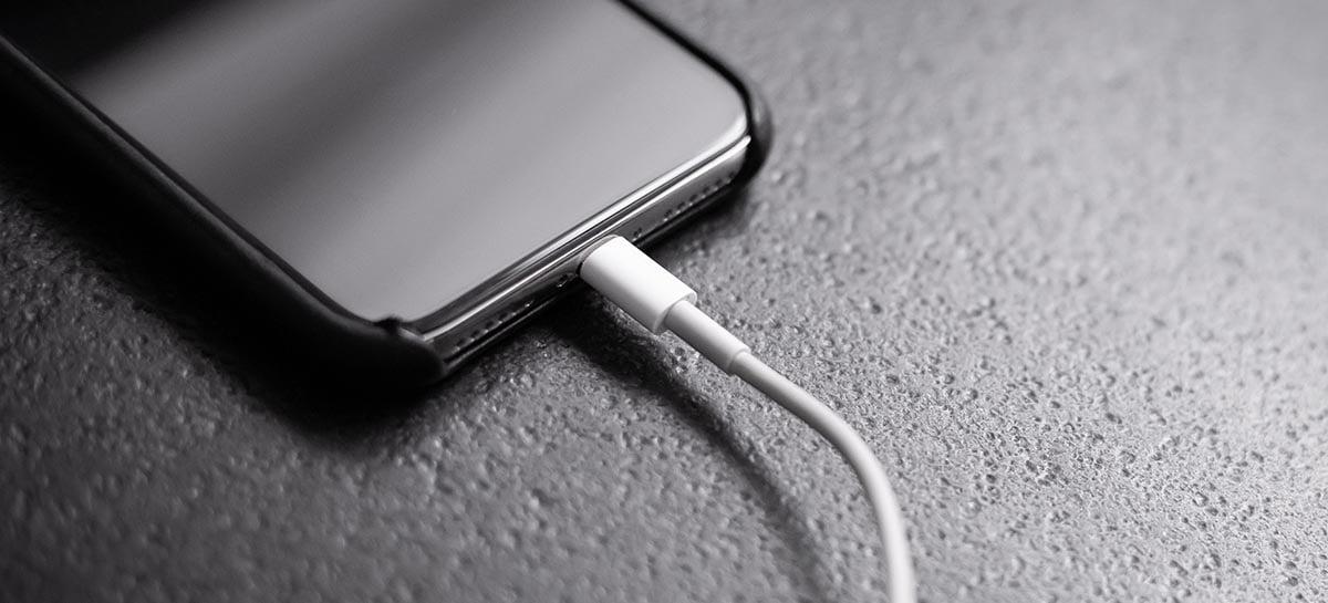 Conexão de iPhone X é alterada de lightning para USB-C