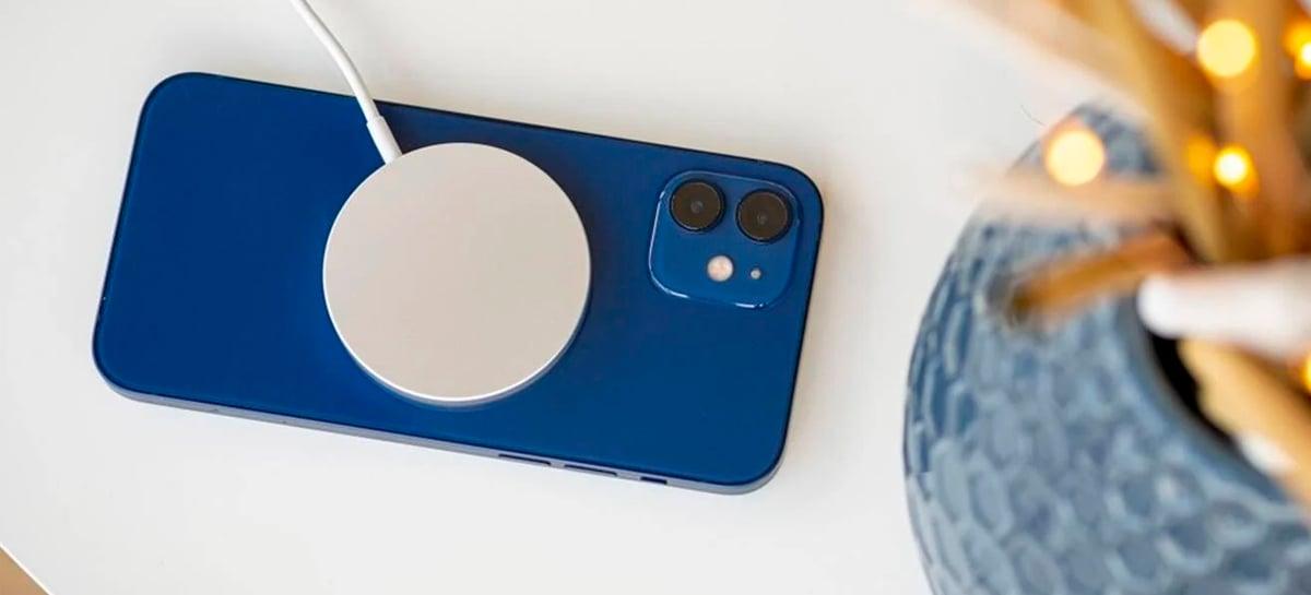 Registro da FCC revela suporte para carregamento reverso escondido no iPhone 12