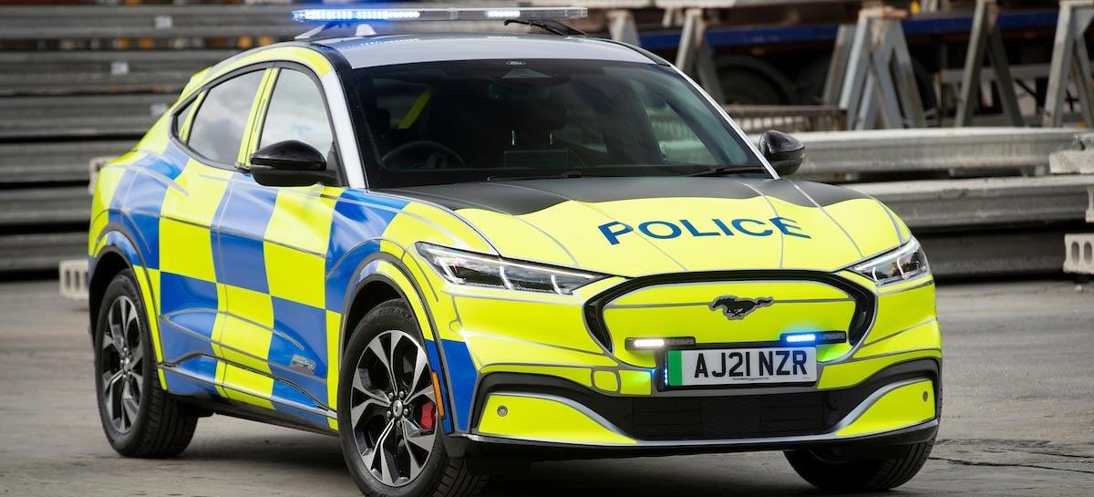Ford está testando sua SUV elétrica para ser usada como veículo policial
