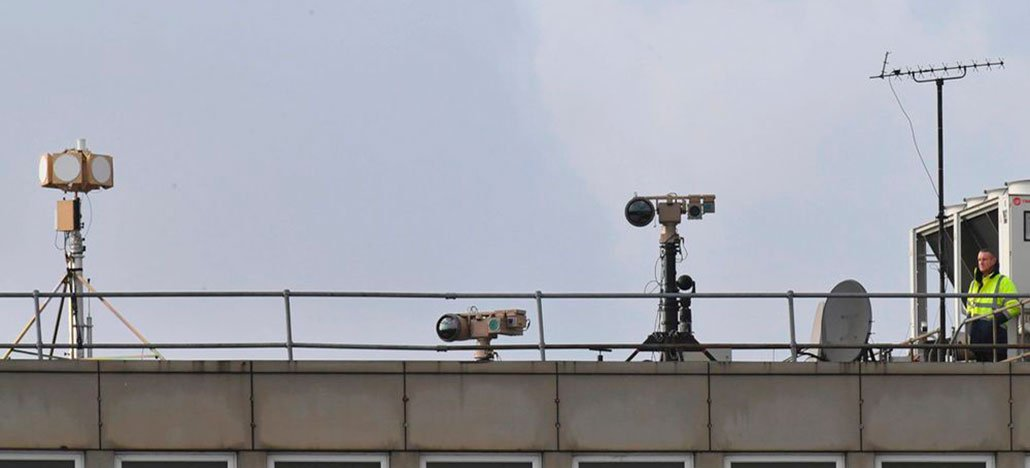 Policia admite que pode nunca ter havido drone em aeroporto de Gatwick