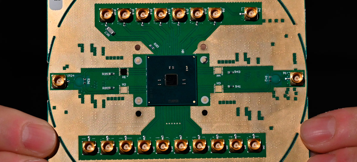 Intel avança na computação quântica com Horse Ridge 2, novo controlador criogênico