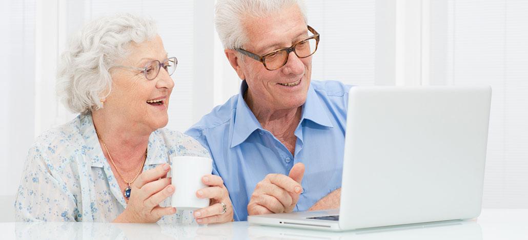 Quantidade de brasileiros que usa internet aumenta em 10 milhões em 1 ano