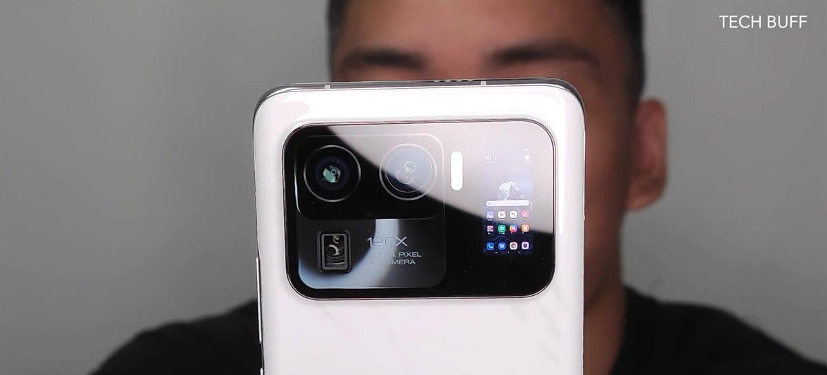 Xiaomi Mi 11 Ultra aparece em vídeo e fotos com zoom de 120x e segunda tela