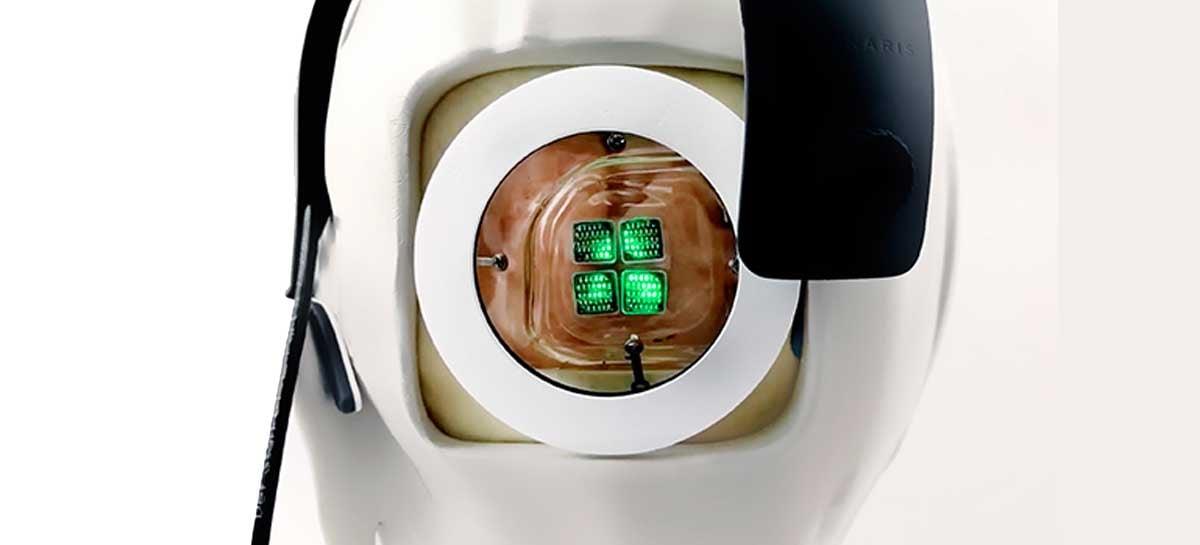 Pesquisadores preparam implante do primeiro olho biônico do mundo
