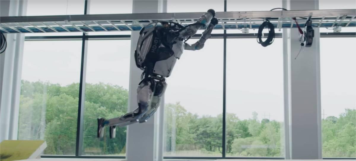Incrível! Robôs da Boston Dynamics agora fazem parkour [VÍDEO]