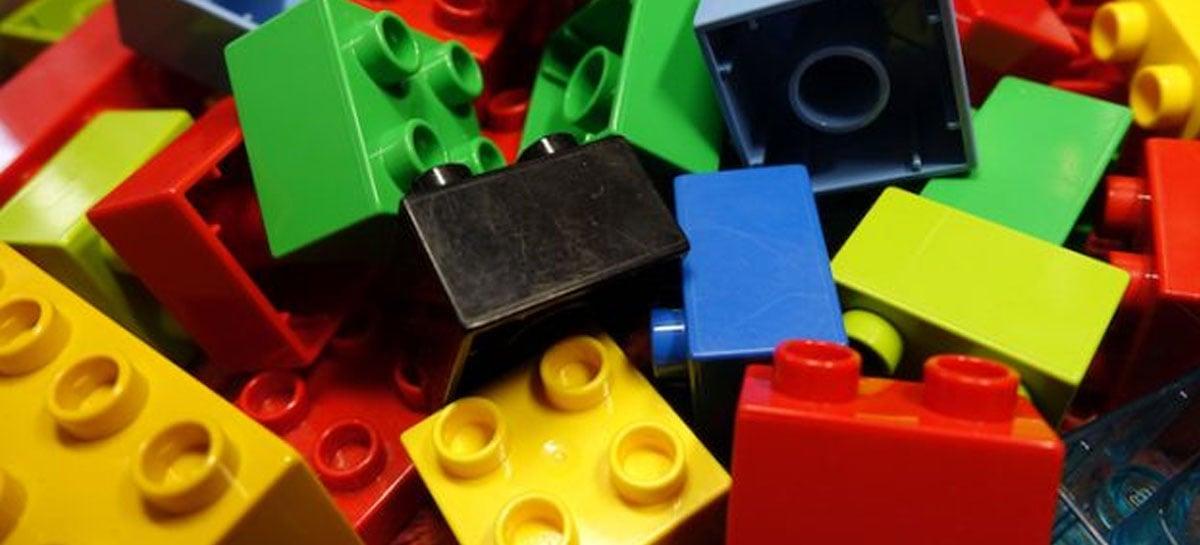 Pesquisa indica que peças de LEGO duram até 1300 anos no oceano
