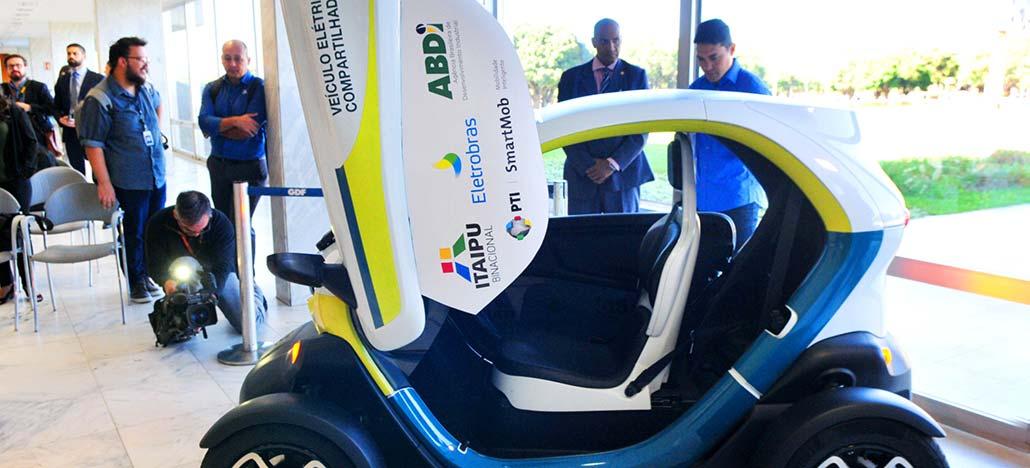 Teste de veículo elétrico compartilhado será feito com Renault Twizy em Brasília