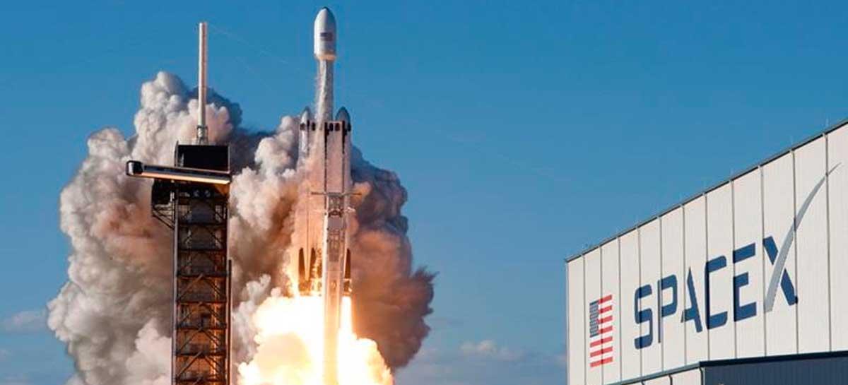 Veja como acompanhar a SpaceX levar dois astronautas para o espaço hoje