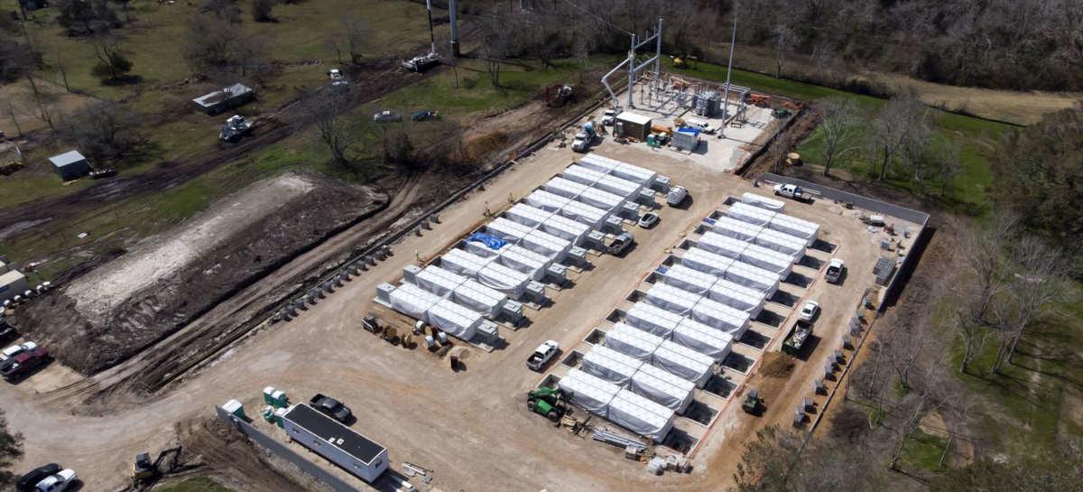 Tesla está construindo secretamente baterias para o grid de energia do Texas