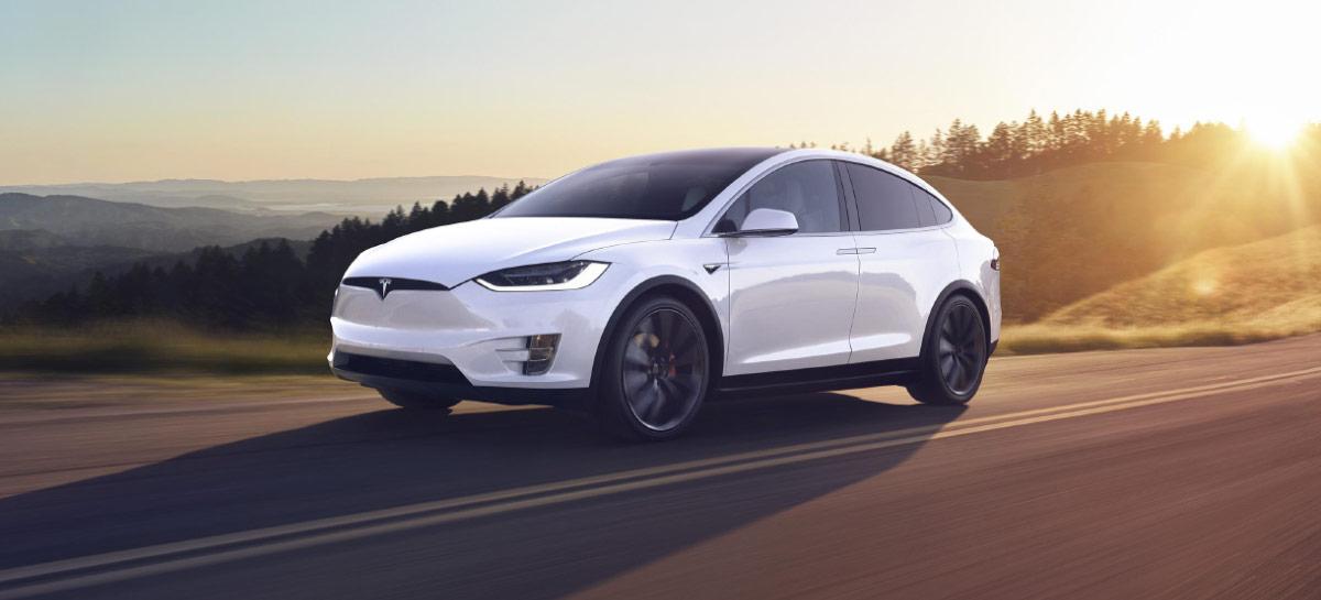 Tesla Model S e X podem vir com carregador sem fio integrado neste ano, segundo rumor