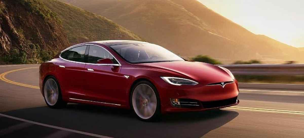 Carros da Tesla serão capazes de conversar com pessoas em breve