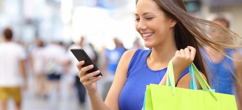 Natal: 80% dos brasileiros planejam comprar via aplicativos