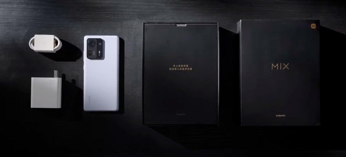 Unboxing Xiaomi Mi Mix 4: veja tudo que vem na caixa do poderoso smartphone chinês
