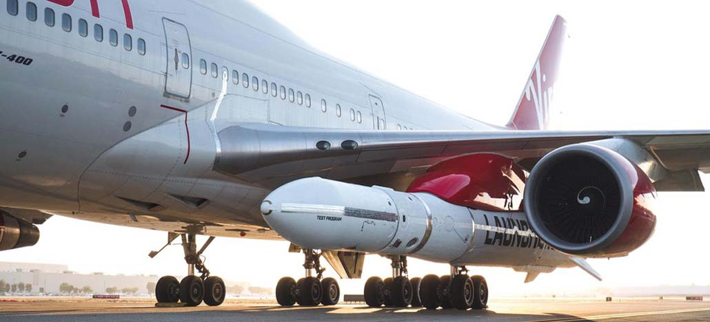 Avião da Virgin Orbit solta foguete LauncherOne no chão como parte de teste