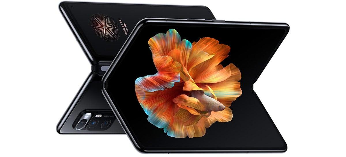 """Xiaomi anuncia Mi Mix Fold: celular dobrável com Snapdragon 888 e """"lente líquida"""""""